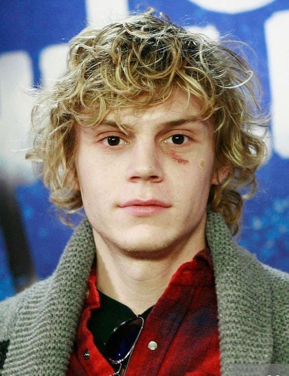 Evan-Peters-Net-Worth