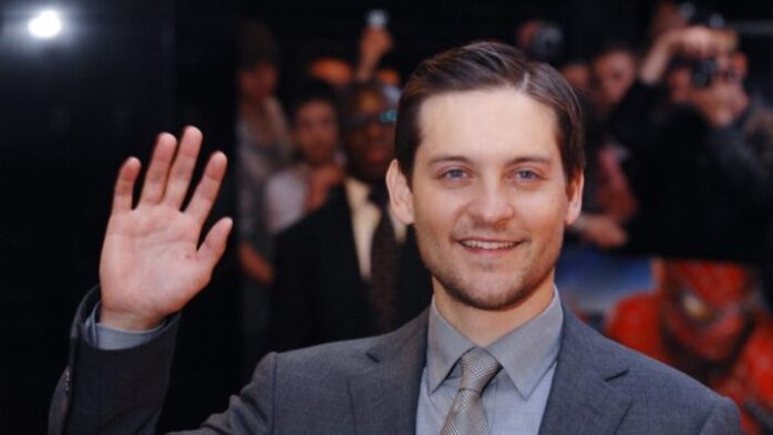 Tobey Maguire Net Worth 2020 - How Much is He Worth? - FotoLog