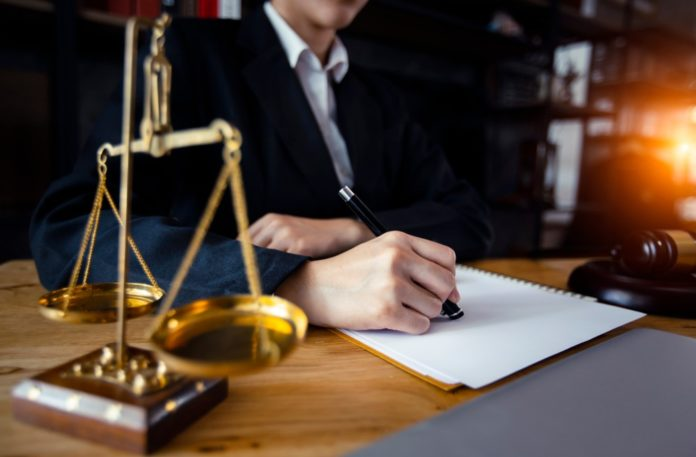 What are Things to Consider When Choosing a Lawyer?