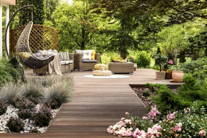 8 Simple Deck And Patio Ideas For Your Backyard - FotoLog on Basic Patio Ideas id=45159