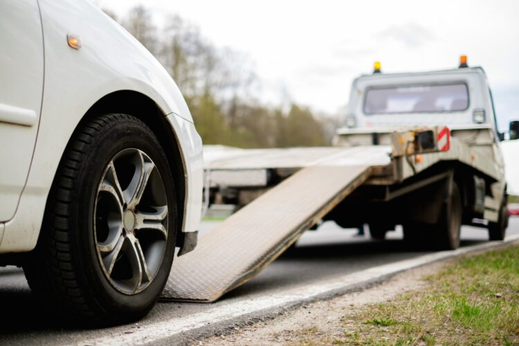 How to Prepare Your Car to Be Towed?