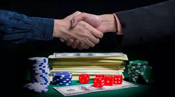 5 Most Common Online Gambling Myths Debunked - FotoLog