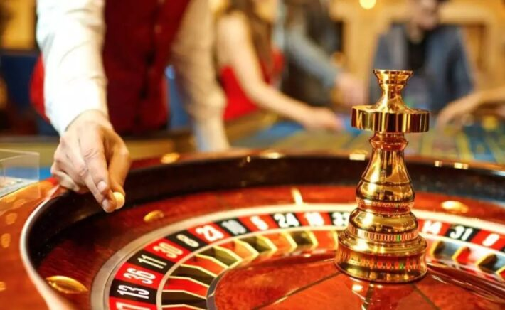 What Is the Easiest Gambling Game for Beginners to Win Money?